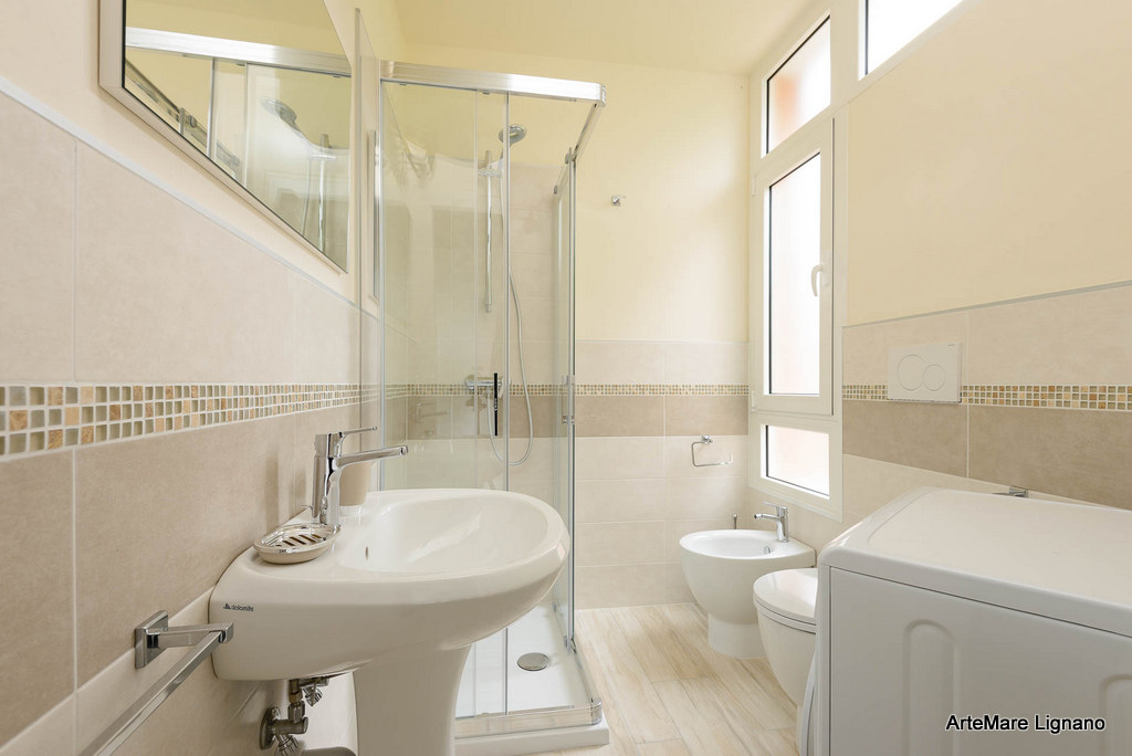 Wohnung einzimmerwohnung bis lignano pineta residence for Bagno 7 bis lignano pineta
