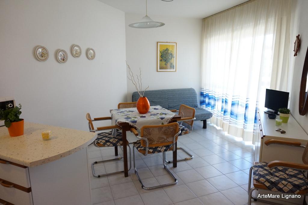 Appartamento bilocale a lignano sabbiadoro residence - Custode con alloggio ...