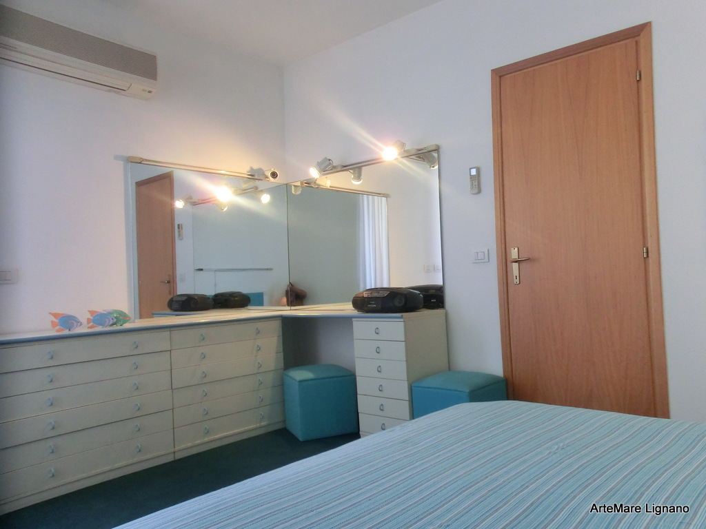 Wohnung vierzimmerwohnung bis lignano pineta villa betty for Bagno 7 bis lignano pineta